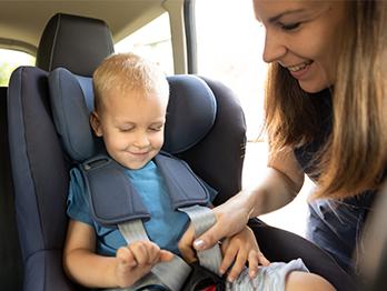 Bebê conforto e cadeirinha para auto têm validade?