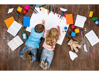 Crianças em casa: 10 atividades para entretê-las na quarentena
